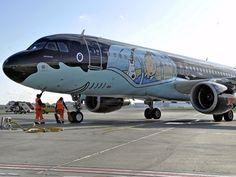 Brussel Airlines a peint un de ses avions aux couleurs de Tintin. L'appareil, rebaptisé « Rackham » pour l'occasion, a effectué son premier vol lundi entre la capitale belge et l'aéroport de Toulouse-Blagnac. La peinture, réalisée par les ...
