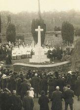Dedication of Lifton war memorial, Devon © Farthing Collection