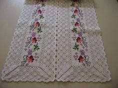 . Stitch Crochet, Filet Crochet, Knit Crochet, Table Runners, Doilies, Cross Stitch, Diy Crafts, Knitting, Doritos