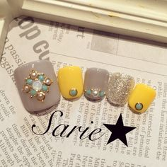 Super Ideas For Fails Art Yellow Korean Toe Nail Designs, Nail Polish Designs, Love Nails, Pretty Nails, Cute Pedicures, Manicure Y Pedicure, Feet Nails, Glam Nails, Toe Nail Art