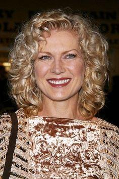 hairstyles for women over 50 | Hairstyles For Women Over Age 10 | Price | USA | Unitad States