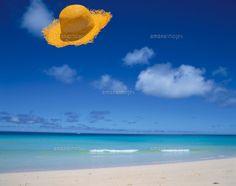 風に飛ぶ帽子 宮古島 沖縄県 (c)SHIGEYUKI UENISHI/orion  風がもたらした風景