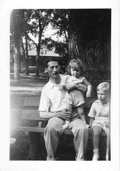 Black and White Vintage Snapshot Photograph Family Boy Girl Park Bench 1940'S | eBay