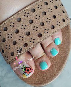 Toe Nail Color, Nail Colors, Pedicure Nails, Toe Nails, Toe Nail Designs, Hair Hacks, Nail Art, Pretty, Pretty Nails
