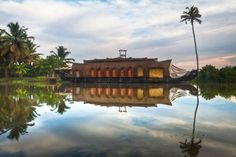 Kerala | The rich vegetation, biological diversity and gentle pace of village life in the backwaters beckon all kinds of travellers to Kerala. Spend an evening lounging on a serene beach or a day exploring the splendid backwaters, and you have your perfect getaway.