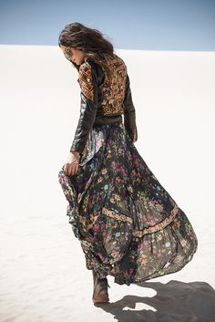 Gypsy Queen Castaway Skirt - Black Floral summer to fall. I could do so many cute outfits with this piece