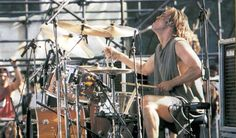 Having jammed with Soundgarden, Pearl Jam, Temple of the Dog, Queens of the Stone Age and more, Matt Cameron has had a super career.