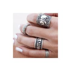 Rotita 4pcs Silver Metal Carved Ring Set ($7.53) ❤ liked on Polyvore featuring jewelry, rings, silver, set rings, carved jewelry and carved ring