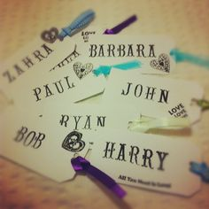 Luggage tag place name cards - DIY