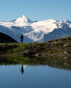Estate sulle Alpi del Vallese | Il laghetto di Beplan e la Dent d'Hérens (4171 m.)