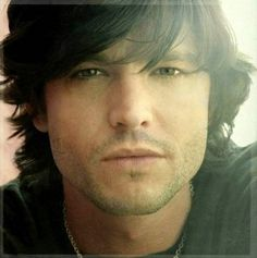 Jason Behr, from my girlish favorite t.v show, Roswell