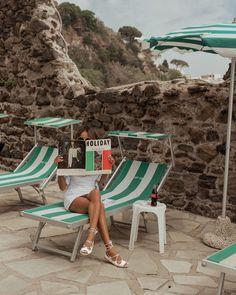 🌟Tante S!fr@ loves this📌🌟 European Summer, Italian Summer, Slim Aarons, Vintage Italy, Summer Aesthetic, Summer Sale, Summer Dream, Strand, Summer Vibes