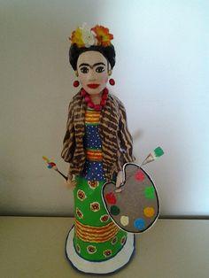 Frida Kaloh, morando em São paulo, bem perto da Praça da República. Papel Mache, escultura, arte, artesanato, Frida.