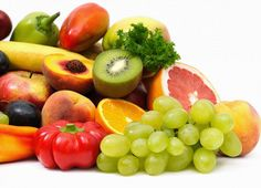 Load up on these vitamin C rich foods. Read on to know which foods are the richest sources of Vitamin C other than the citrus fruits. Acerola, Piel Natural, Summer Fruit, Calories, Natural Cures, Natural Skin, Natural Treatments, Kiwi, Healthy Living