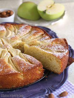 Torta di mele yogurt e mandorle ricetta Dulcisss in forno by Leyla