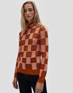 Turtleneck Sweater in Dust Apricot