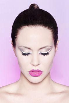 Szkoła Wizażu i Charakteryzacji SWiCH /  Make-up: Małgorzata Bałdowska | Modelka: Anita Mucha | Fotografia: Grzegorz Mikrut #szkolawizazu #wizaż #makeup #akademia_SWiCH
