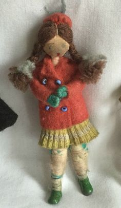 VINTAGE RARE GRECON DOLLS HOUSE DOLL FAMILY TAGGED CLOTHES MADE IN ENGLAND L12 | eBay