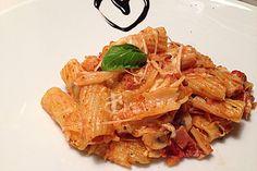 Schibbels Rigatoni al forno, ein schmackhaftes Rezept aus der Kategorie Pasta. Bewertungen: 72. Durchschnitt: Ø 4,5.
