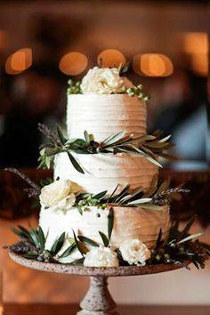 Cake Option: Tuscan-inspired closeup