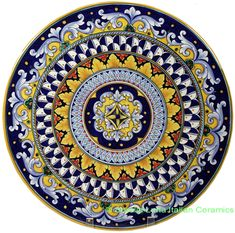 Ceramic Majolica Plate It's beautiful, but it weighs 6 lbs and it's crazy expensive. Pottery Painting, Ceramic Painting, Ceramic Art, Talavera Pottery, Ceramic Pottery, Penne, Italian Pottery, Medieval Fashion, Plate Design