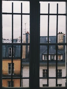 [Window - House - Photograph]