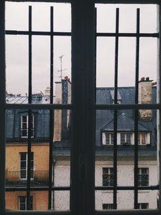 [Window - House - Photograph]