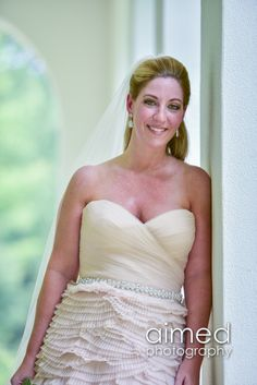 so elegant & classy  www.aimedphotography.com Indianapolis | IN wedding photography #weddings #elegant #elegantweddings #Ruthschris #beautifulbride #bride