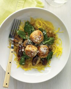 Spaghetti Squash with Turkey Meatballs | Whole Living
