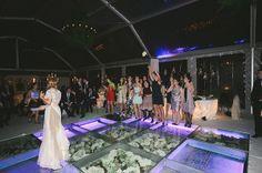 O casamento da Ana e do Pedro em Vila Nova de Gaia. #casamento #quinta #realwedding #AnaePedro #Portugal #Gaia #pistadedança #bouquet #noiva #convidadas