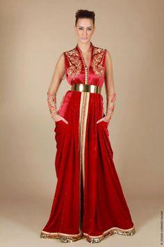 """Très beau caftan rouge en manches transparentes . Il est travaillé en façon Laakad ( la39ad ) et une """" Sfifa """" doré, portée par Amina EL AL..."""