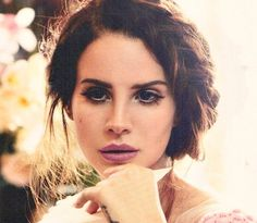 Lana Del Rey Pouts For 'Vogue Australia'