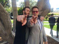 Robert Downey Jr. divulga divertidas imagens da coletiva de imprensa de…