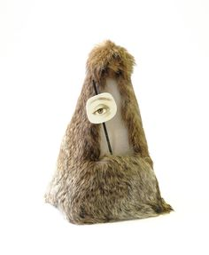 Tabitha Vevers | Breakfast in Fur, Variable Tempo II (after Meret Oppenheim & Man Ray)