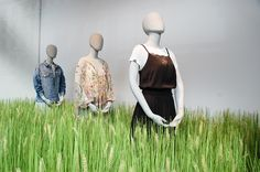 """H&M, HENNES & MAURITZ, London, UK, """"You may think the grass is greener on the other side, but if you take the time to water your own grass... it would be just as green"""", photo by Hayley Mills VM, pinned by Ton van der Veer"""