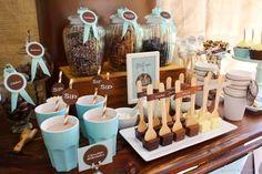 ¡Pon una barra de chocolate caliente en tu boda! http://bodascondetalle.blogspot.com.es/2014/11/barra-de-chocolate-caliente-boda-invierno.html