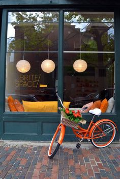 """Before & After: Empty Storefront Gets a """"Brite"""" Makeover"""