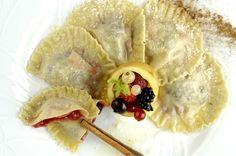 """""""Casonzéi"""" di farina di segale ai piccoli frutti con burro alla cannella e Trentingrana"""