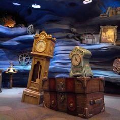 You will enjoy this site! Disney Land And Sea, Tokyo Disney Sea, Tokyo Disney Resort, Tokyo Disneyland, Disney Parks, Disney Pixar, Walt Disney, Hotels For Kids, Disney Presents