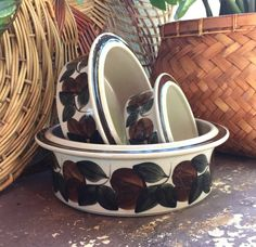Fall Dishes, Vintage Fall, Vegetable Bowl, Dog Bowls, Finland, Serving Bowls, Unique Jewelry, Tableware, Handmade Gifts