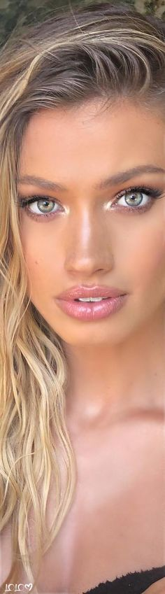 Beautiful Blonde Girl, Beautiful Women, Close Up, Maggie Rawlins, Belly Button Piercing, Makeup For Green Eyes, Stunning Eyes, Light Hair, Pretty Woman