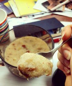 Hawala, czyli kasza manna z bananem i daktylami