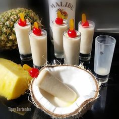 Pina Colada Popsicles - For more delicious recipes and drinks, visit us here: www.tipsybartender.com