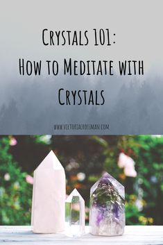 Good energy meditation crystals and stones for a meditation practice, with examples of some of the best crystals to meditate with! Crystals and meditation go so well together! Meditation Crystals, Chakra Meditation, Mindfulness Meditation, Chakra Healing, Guided Meditation, Meditating With Crystals, Relaxation Meditation, Meditation Space, Mindfulness Quotes