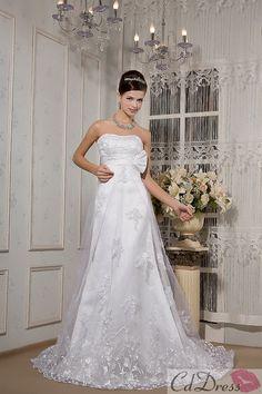 Gorgeous A-Line Strapless Chapel Train Tulle Wedding Dress