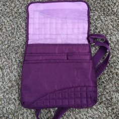 LUG cross-body shoulder bag Practically brand new and in perfect condition. Plenty of interior and exterior pockets for easy travel. Very clean! LUG Bags Crossbody Bags