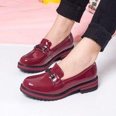 #ReduceriPantofi cu talpa joasa -44% Pantofi dama Garay visinii casual #OfertePantofi Men Dress, Dress Shoes, Loafers Men, Oxford Shoes, Romania, Casual, Fashion, Fashion Shoes, Lady