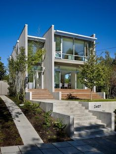 Sheri Olson house in Seattle. Love the openness of this house