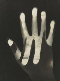 ▣ '헝가리 태생의 멀티미디어 아티스트' 라슬로 모홀리 나기 (Laszlo Moholy Nagy)의 작품 세계와 그림 가격 : 네이버 블로그