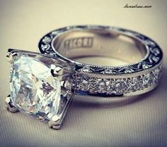Custom Tacori Engagement Ring (Style No. HT My dream ring.I LOVE this princess cut from Tacori Tacori Engagement Rings, Wedding Engagement, Tacori Rings, Thick Band Engagement Ring, Tacori Jewelry, Tacori Wedding Rings, Diamond Jewelry, Tiffany Engagement, Pandora Jewelry